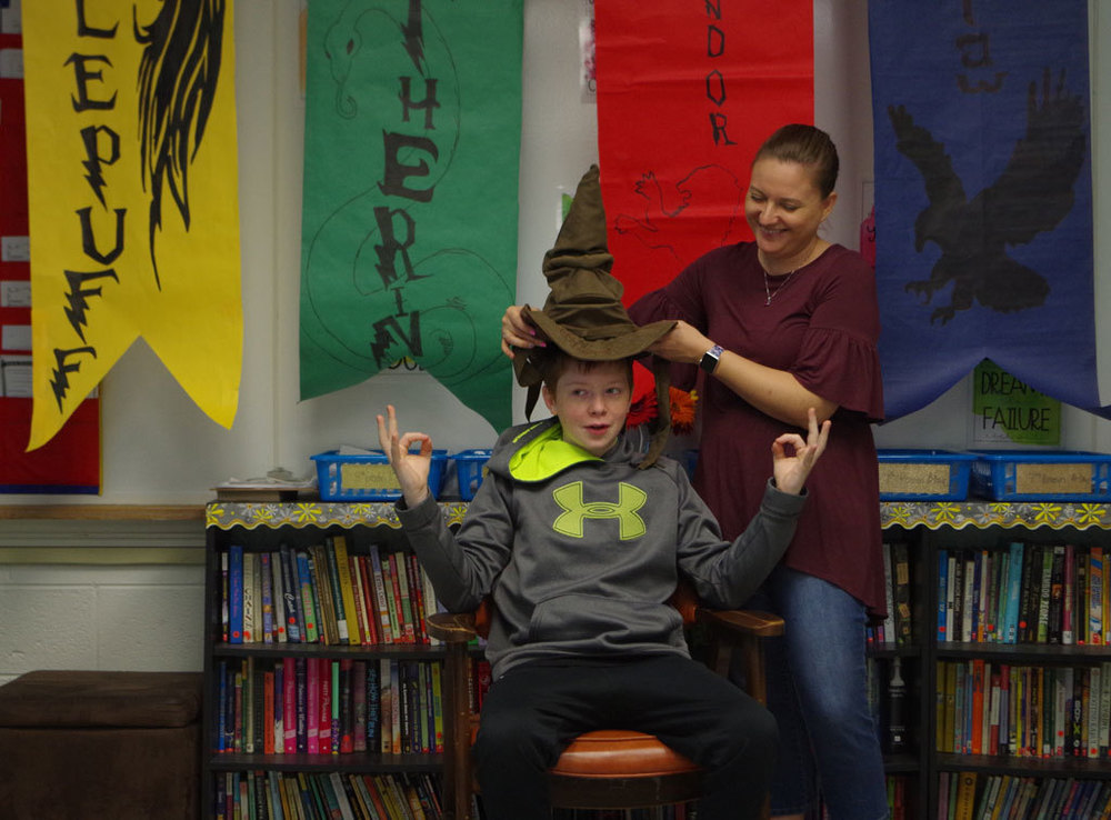 ​Harry Potter's Sorting Hat Sorts 8th Graders