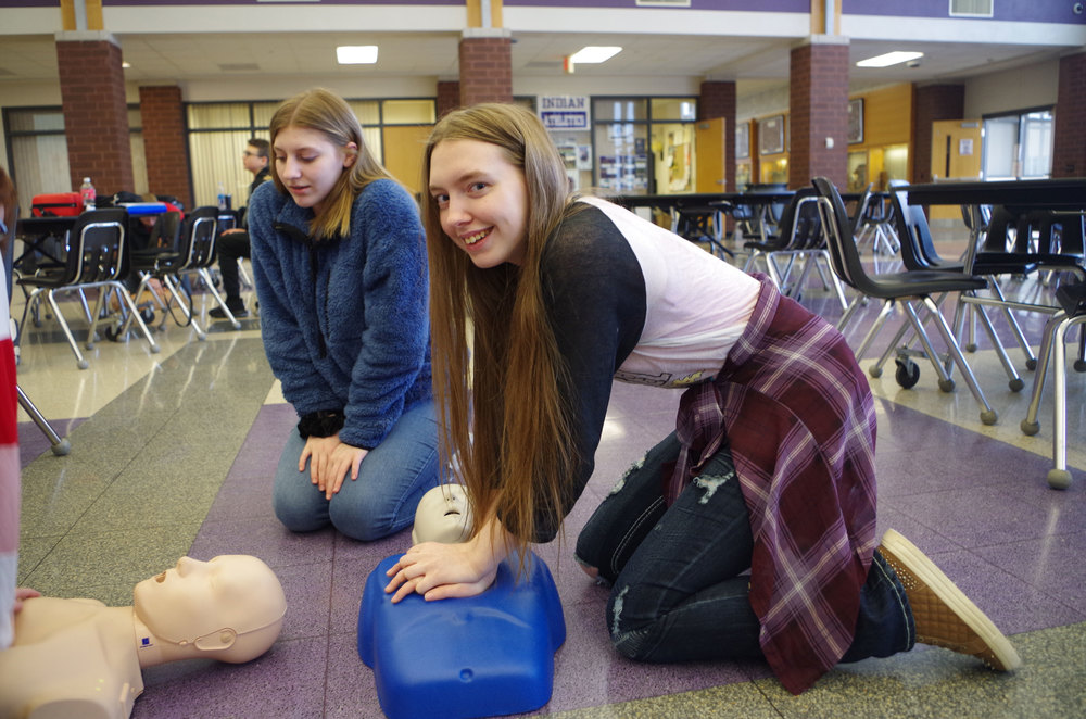 High School PE/Health Classes Get Trained in CPR/AED Training