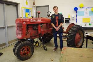 The Pecatonica FFA Farmall B Project is Complete!