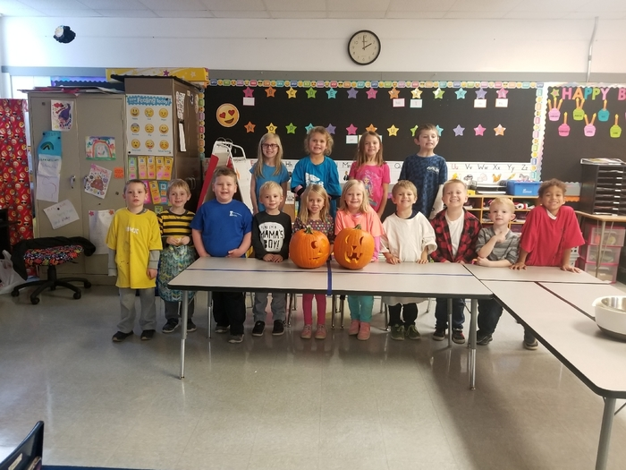 Mrs. Laue's class had some pumpkin fun this afternoon!